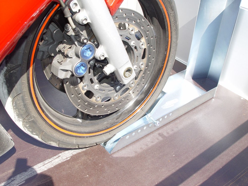 motorradwippe motorrad standschiene motoradschiene radhalter motorradhalter ebay. Black Bedroom Furniture Sets. Home Design Ideas